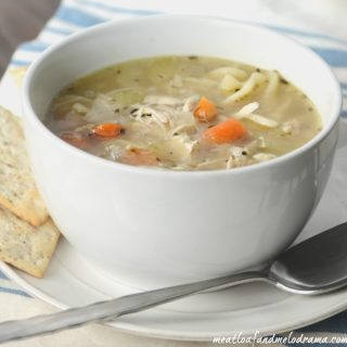 easy-turkey-soup-leftovers-thanksgiving
