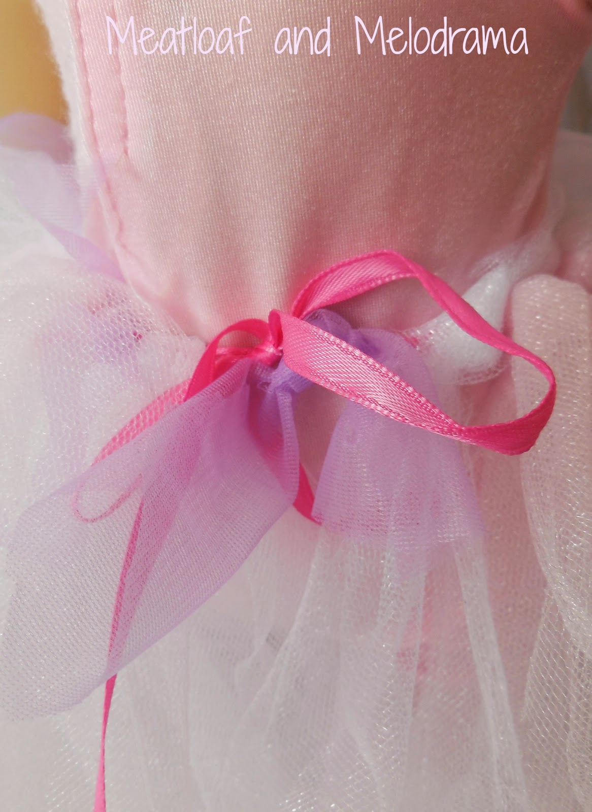 no sew tulle skirt tied with ribbon