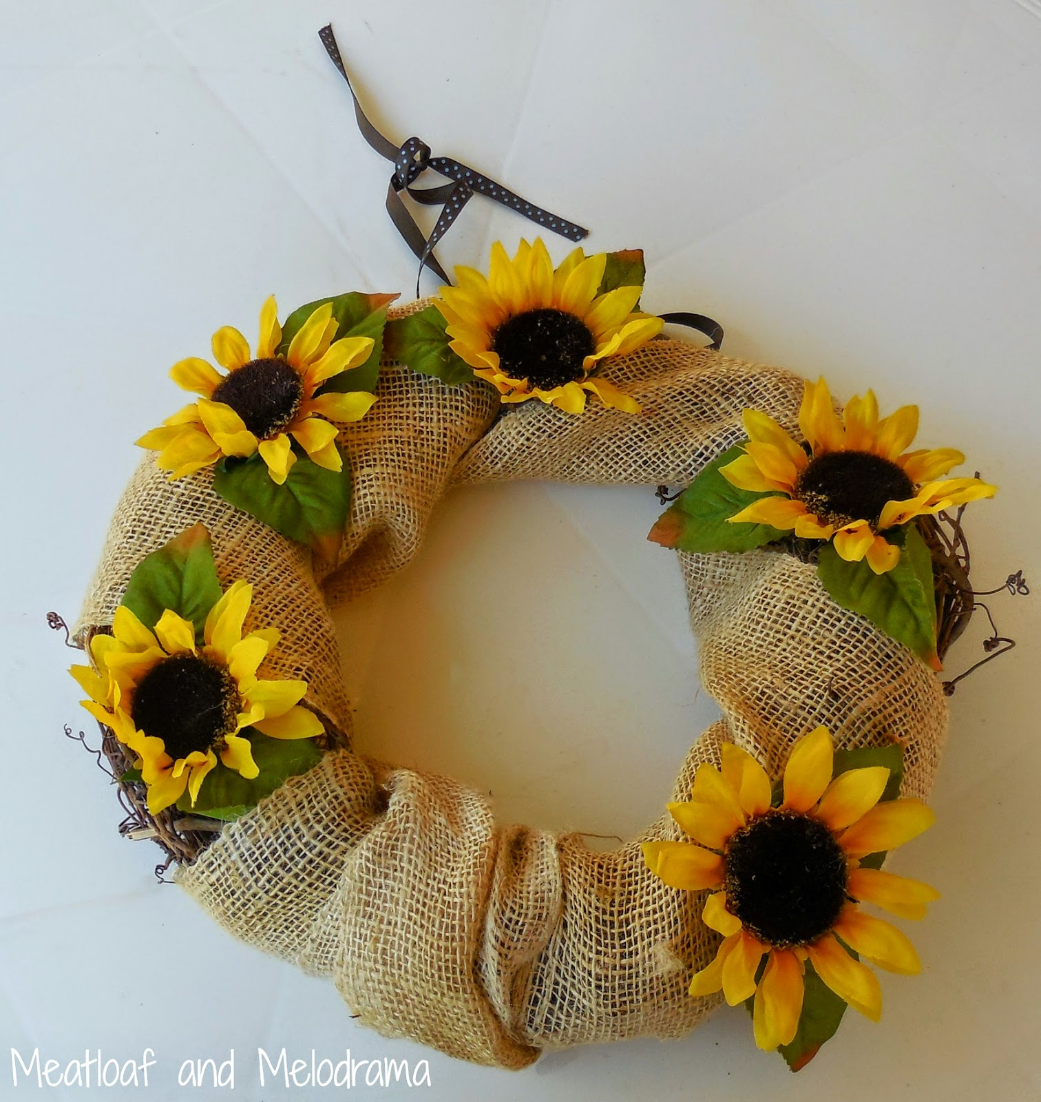 burlap and sunflower wreath