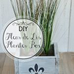 DIY Wood Fleur de Lis Planter Box