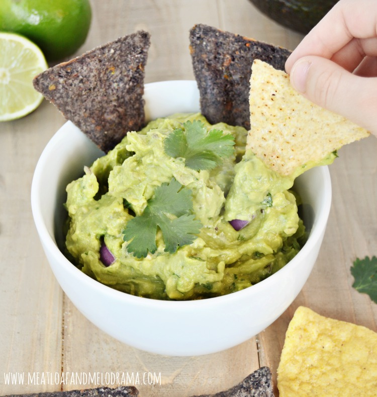 Easy-spicy-guacamole
