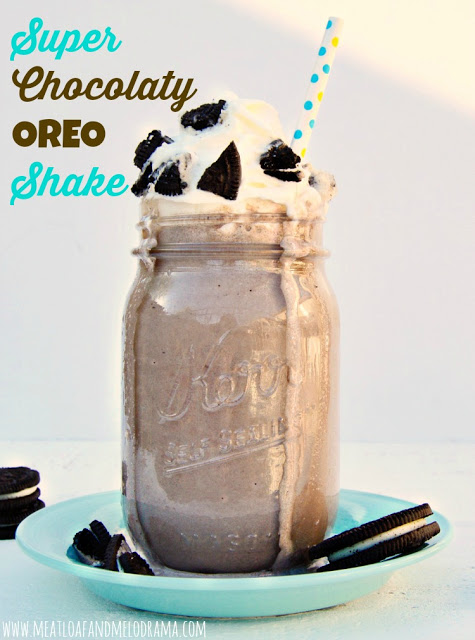 milkshake made with oreo cookies and ice cream in a mason jar