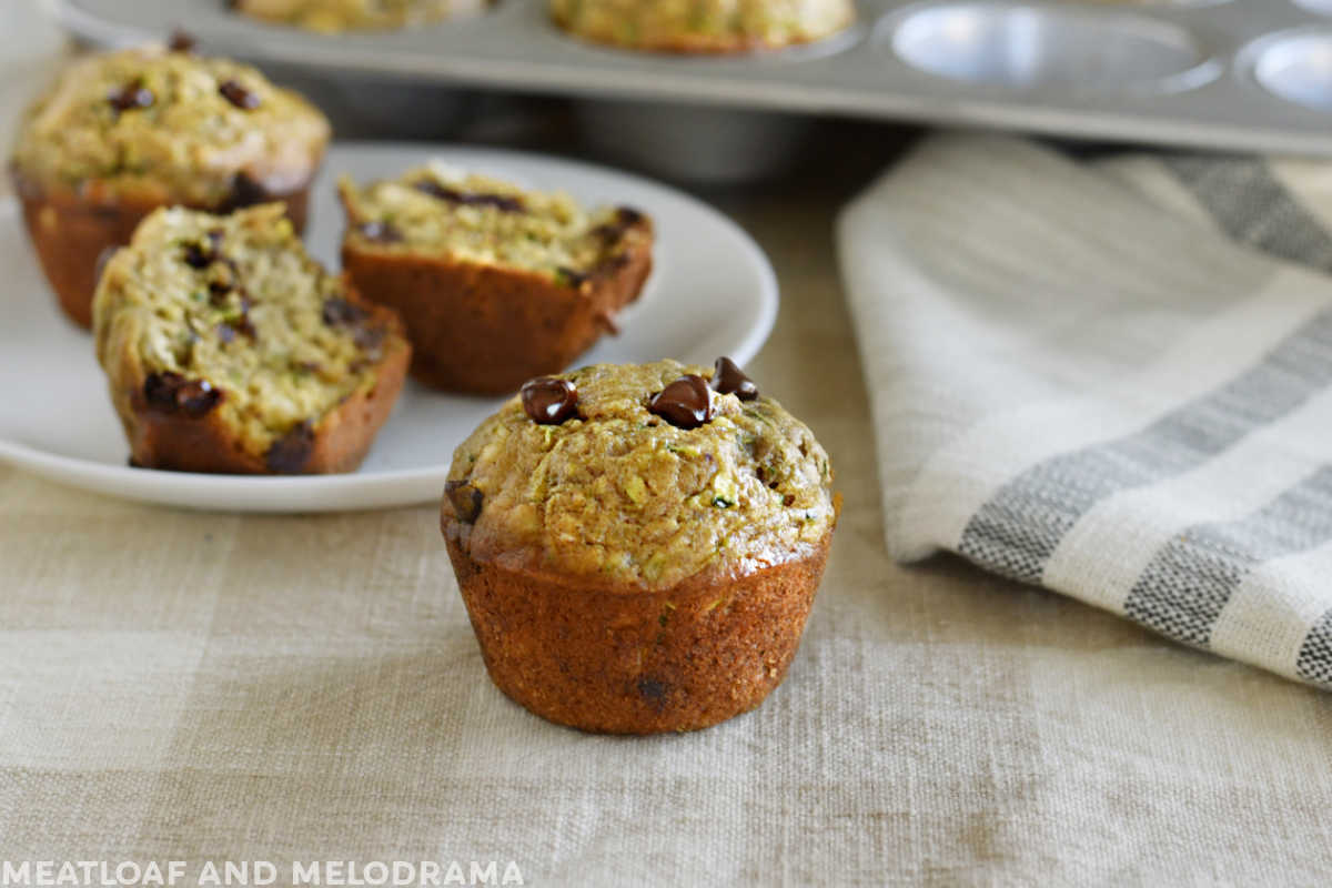 zucchini-banana-muffins-chocolate-chips