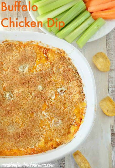 easy Buffalo chicken dip with crunchy panko breadcrumb topping
