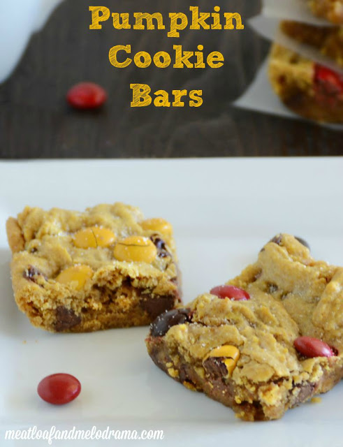 recipe-for-pumpkin-cookie-bars-with-chocolate-chips-for-fall