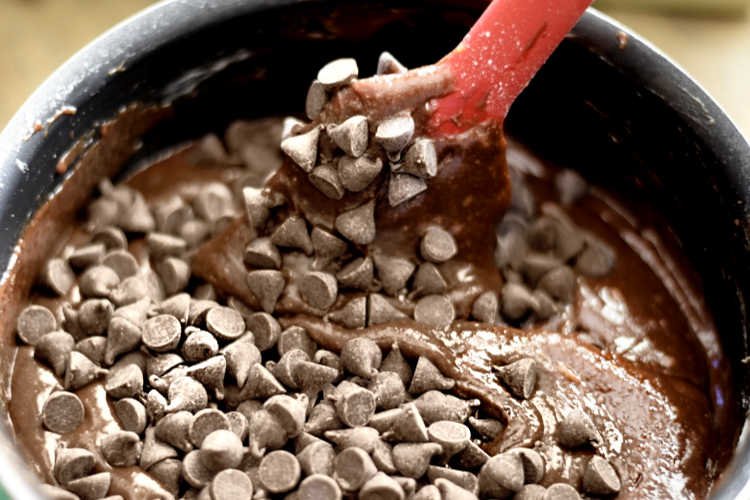 melt chocolate chips and make brownies in one pot