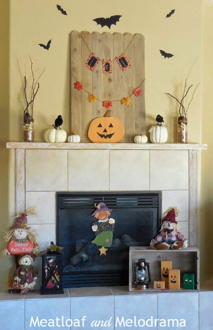 Easy halloween mantel decorations meatloaf and melodrama for B m halloween decorations