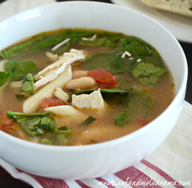 chicken-soup-recipe-with-tomatoes-spinach-and-cannellini-beans