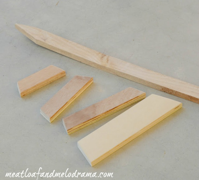 wood-stake-with-cut-wood-pieces