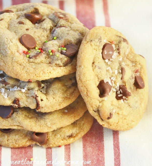 stack-of-christmas-cookies-chocolate-chips
