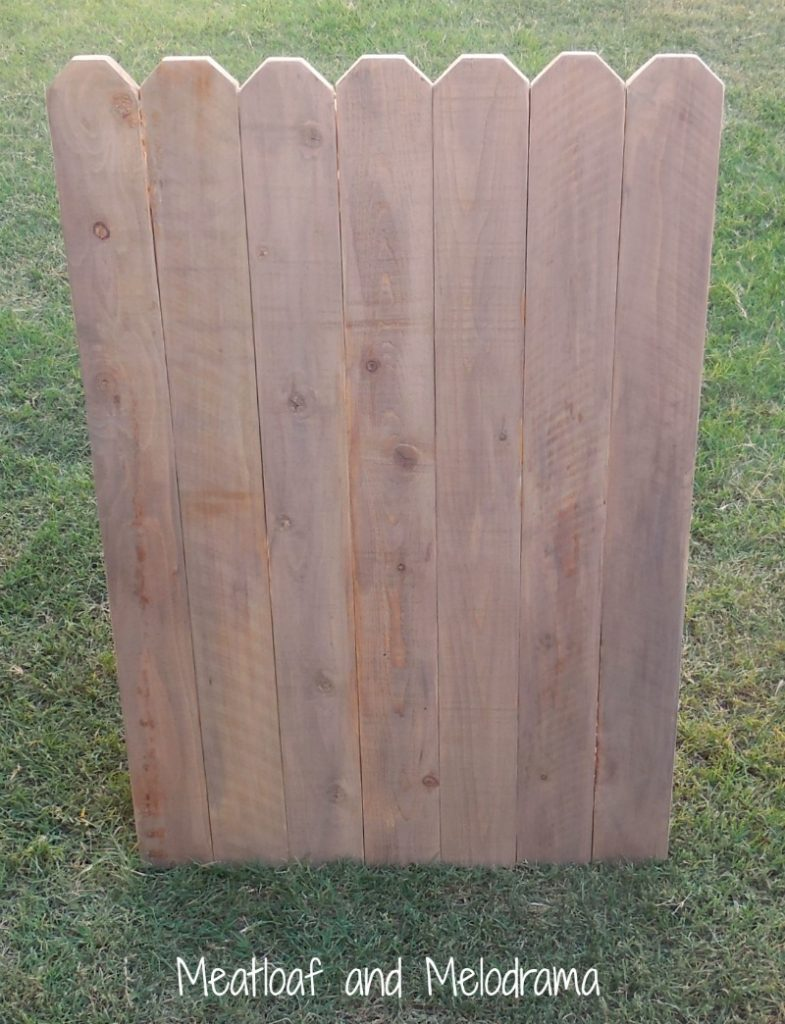diy-weathered-wood-backdrop