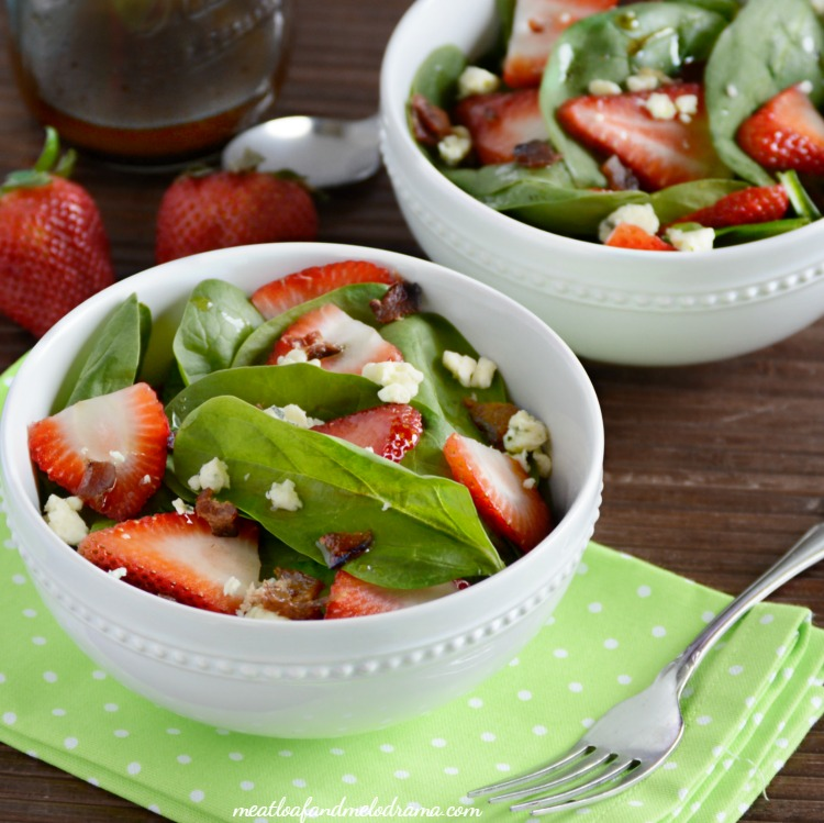 strawberry-spinach-salad-balsamic-dressing