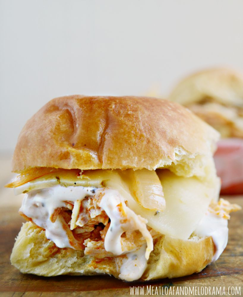 buffalo-chicken-sliders -crock-pot