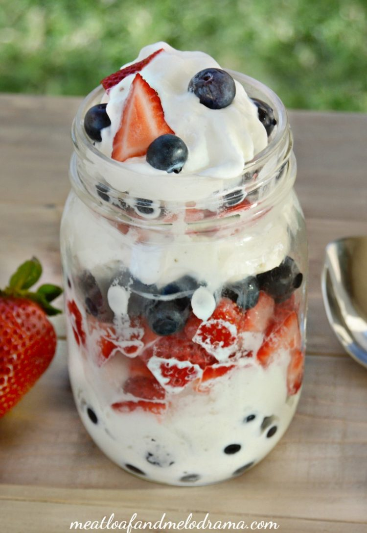 strawberry-blueberry-red-white-blueberry-ice-cream-parfait-mason-jar