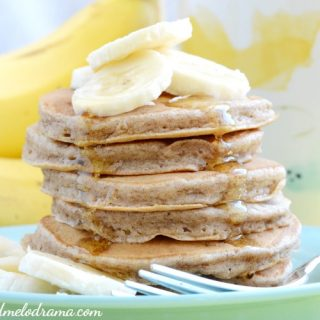 easy-banana-cinnamon-pancakes-breakfast