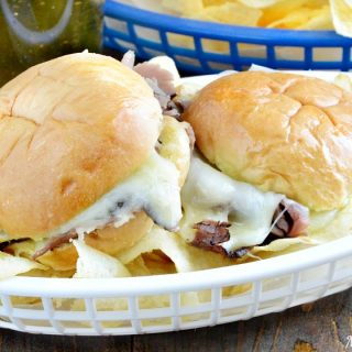 Cheesy Baked Roast Beef Sliders