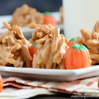 fall-butterscotch-haystacks-candy-treats-pumpkins