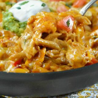 one-pan-creamy-chicken-enchilada-pasta-recipe