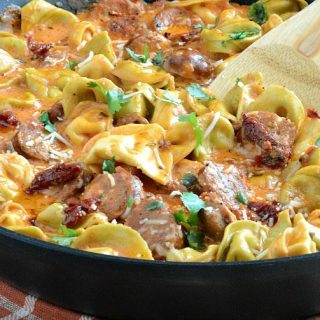 one-pan-creamy-chicken-sausage-tortellini-sundried-tomatoes-recipe-meatloafandmelodrama.com