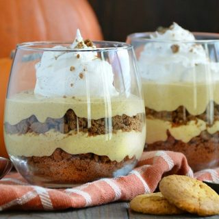 no-bake-pumpkin-cheesecake-gingersnap-parfaits-thanksgiving-dessert-meatloafandmelodrama.com