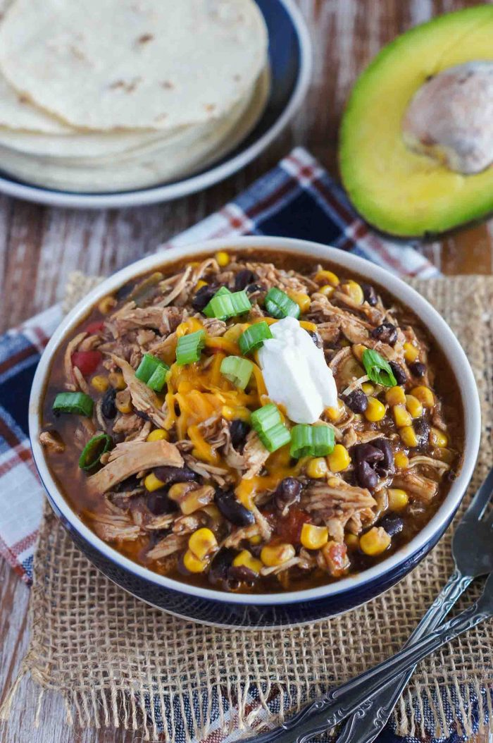 slow-cooker-taco-chicken-chili-smart-little-cookie-11