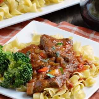 easy swiss steak recipe dinner on egg noodles