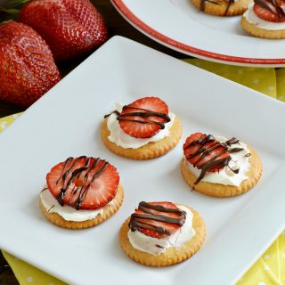 chocolate drizzled strawberry ritz crackers