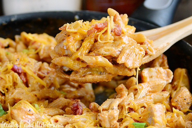 one pot bbq chicken bacon ranch pasta in skillet