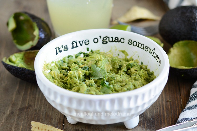 simple guacamole recipe in 5 o'guac somewhere mud pie bowl