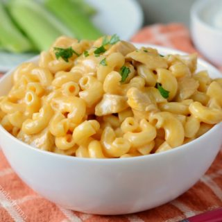 Instant Pot Buffalo Chicken Mac and Cheese