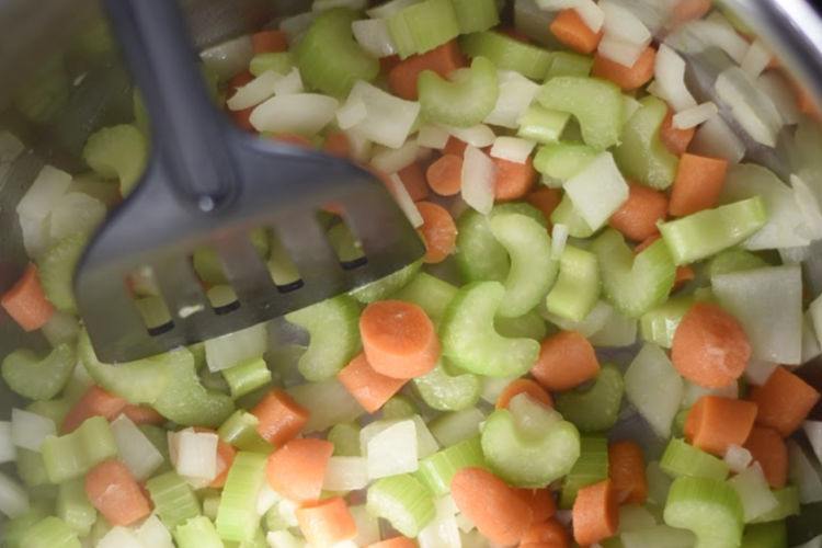 saute onions, carrots and celery in instant pot