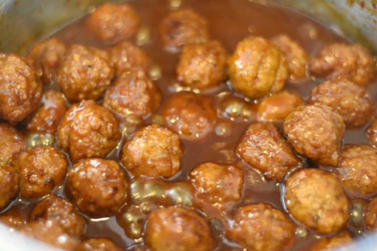 sweet chili sauce and grape jelly meatballs in instant pot
