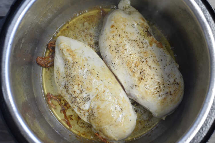 2 boneless skinless chicken breasts browned in the instant pot