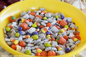 fall muddy buddies in a bowl